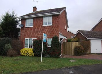 Thumbnail 3 bed detached house to rent in Ravensbourne Drive, Woodley, Reading