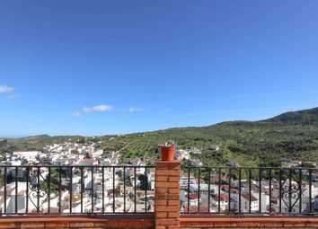 Thumbnail 3 bed town house for sale in Tolox, Tolox, Málaga, Andalusia, Spain