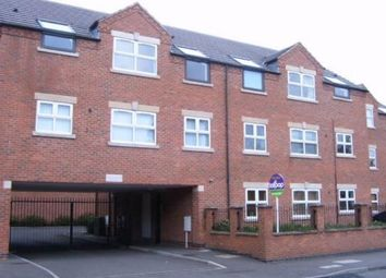 2 bed flat to rent in Forester Road, Nottingham NG3
