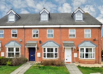 3 bed town house for sale in Restharrow Mead, Bicester OX26