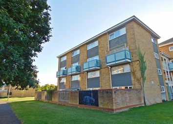 Thumbnail 2 bed maisonette for sale in Redlands Lane, Fareham