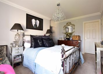 Thumbnail 2 bedroom flat for sale in Upper Bognor Road, Bognor Regis, West Sussex