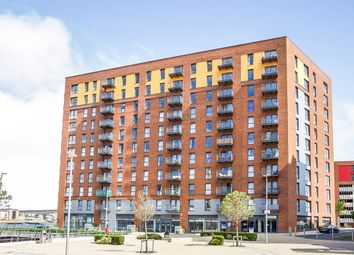 1 bed flat for sale in Azera, Capstan Road, Southampton, Hampshire SO19