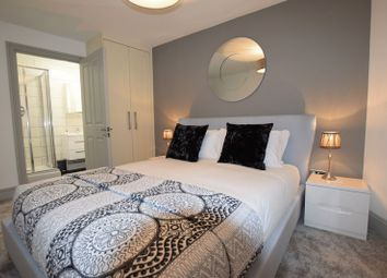 Thumbnail 2 bed property to rent in Oakfield Grove, Clifton, Bristol