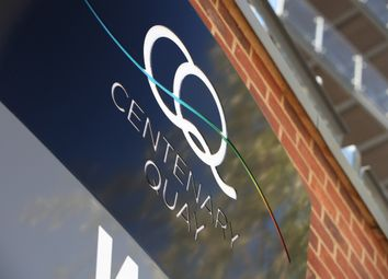 Centenary Plaza, Southampton SO19. 2 bed flat for sale