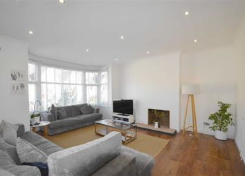 Thumbnail 3 bed flat for sale in Oakleigh Park Drive, Leigh-On-Sea, Essex