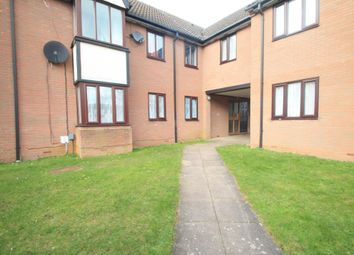 2 bed flat to rent in Petunia Court, Luton LU3