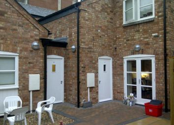 Thumbnail 5 bed town house to rent in Warwick Court, Warwick Street, Leamington Spa