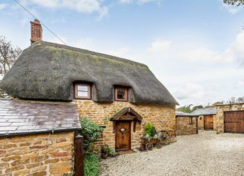 The Green, Shenington, Banbury, Oxfordshire OX15. 2 bed cottage for sale