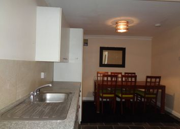 Thumbnail 3 bed flat to rent in Whitestile Road, Brentford