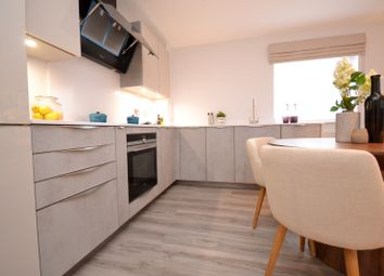 Thumbnail 2 bed flat to rent in Onslow Road, Guildford