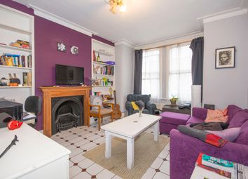 Thumbnail 2 bedroom flat to rent in Queenstown Road, Battersea