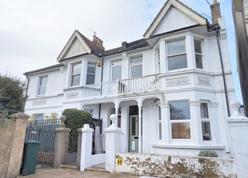 Thumbnail 1 bed flat to rent in Leighton Road, Hove