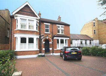 Thumbnail 3 bed flat to rent in Creffield Road, London