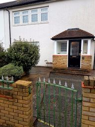 Thumbnail Room to rent in Double Room, Longlands Avenue, Coulsdon