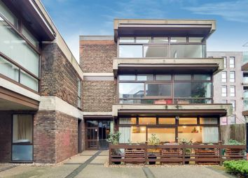 3 bed flat for sale in Cabanel Place, London SE11