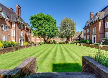 Thumbnail 3 bed flat to rent in Hampstead Way, Hampstead Garden Suburb, London