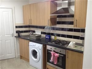 Thumbnail 5 bed end terrace house to rent in 42 Brook Street, Treforest