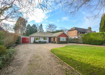 Nash Grove Lane, Finchampstead, Berkshire RG40. 3 bed bungalow for sale