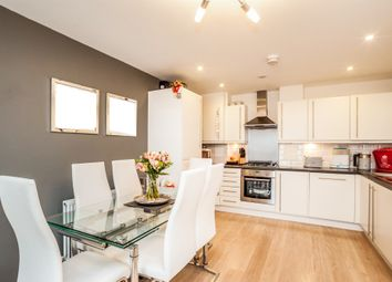 Thumbnail 2 bedroom flat for sale in Midland Road, Hemel Hempstead