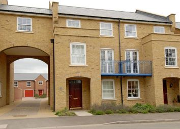 Thumbnail 3 bed town house to rent in Rockbourne Road, Sherfield-On-Loddon, Hook