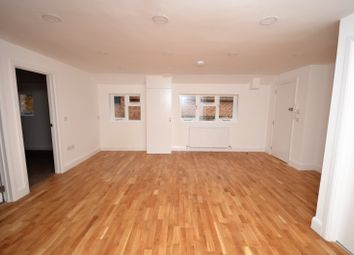Thumbnail 2 bed flat to rent in Kingsbury, Aylesbury