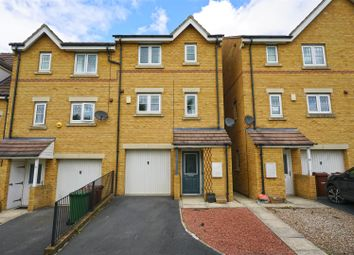 Thumbnail 4 bed town house for sale in Jasmine Gardens, Castleford