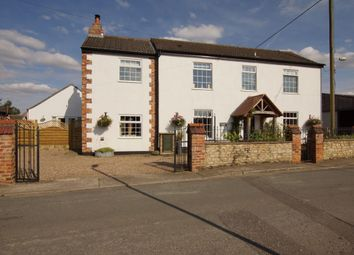 Thumbnail 3 bed detached house for sale in Cocketts Lane, Hibaldstow, Brigg