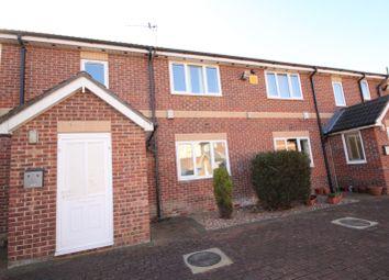 Thumbnail 1 bedroom flat to rent in Zeals Garth, Hull