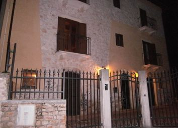Thumbnail 5 bed farmhouse for sale in Via Conca, Pettorano Sul Gizio, L'aquila, Abruzzo, Italy