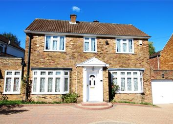 Thumbnail 3 bed detached house for sale in Calder Avenue, Brookmans Park, Hatfield