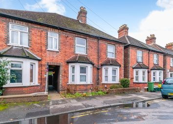 2 bed semi-detached house to rent in Margaret Road, Guildford GU1
