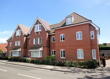 Thumbnail 1 bed flat to rent in Shore Road, Warsash, Southampton