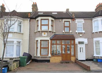 5 bed property for sale in Ladysmith Avenue, Newbury Park, Essex IG2