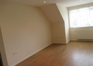 Thumbnail Flat to rent in 33 Bean Road, Greenhithe