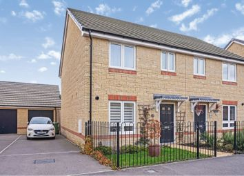 3 bed semi-detached house for sale in Blackthorn Road, Didcot OX11