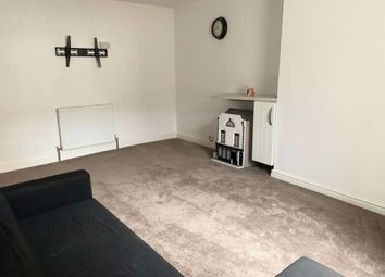Thumbnail Studio to rent in Barnsley, Long Street, Atherstone
