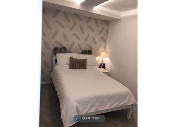 Room to rent in Gleneldon Road, London SW16