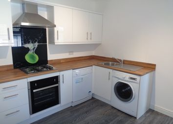 Thumbnail 2 bed flat to rent in London Road, Hook