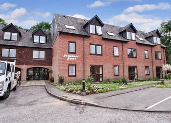 Thumbnail 1 bed flat for sale in Homemead House, Romsey
