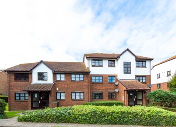 Thumbnail Flat for sale in Bishops Court, Greenhithe