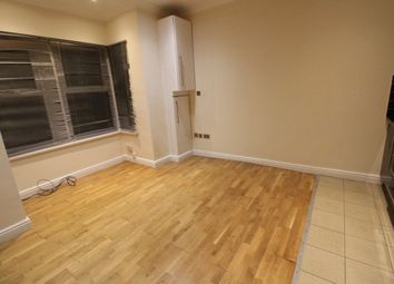 Thumbnail 1 bed flat to rent in Marsh Road, Leagrave, Luton