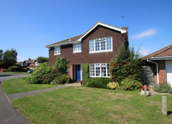 Thumbnail 5 bed detached house to rent in Goldfinch Gardens, Guildford