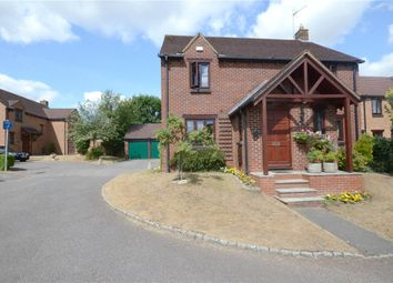 Thumbnail 4 bedroom detached house for sale in Top Common, Warfield, Bracknell