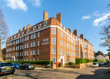 Thumbnail 3 bed flat to rent in Sion Road, Twickenham