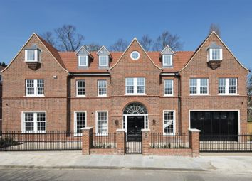 Thumbnail 6 bed detached house for sale in Canons Close, London