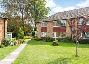 Furrows Place, Caterham, Surrey CR3. 2 bed flat
