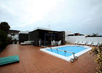 Thumbnail 4 bed villa for sale in Playa Blanca, Spain