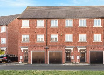 4 bed town house to rent in Ravens Dene, Chislehurst, Kent BR7