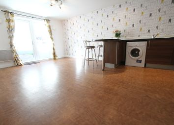 Thumbnail 2 bed flat to rent in Marshall Road, Banbury